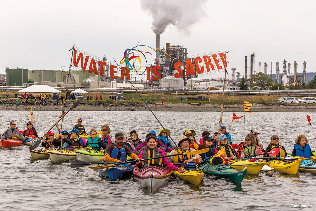 Indigenous Day flotilla, part of the Break Free global protests against fossil fuels. Credit: John Duffy.